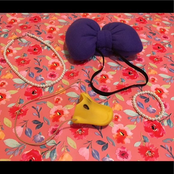 Daisy Duck Costume Accessories Beak Pearls Bow